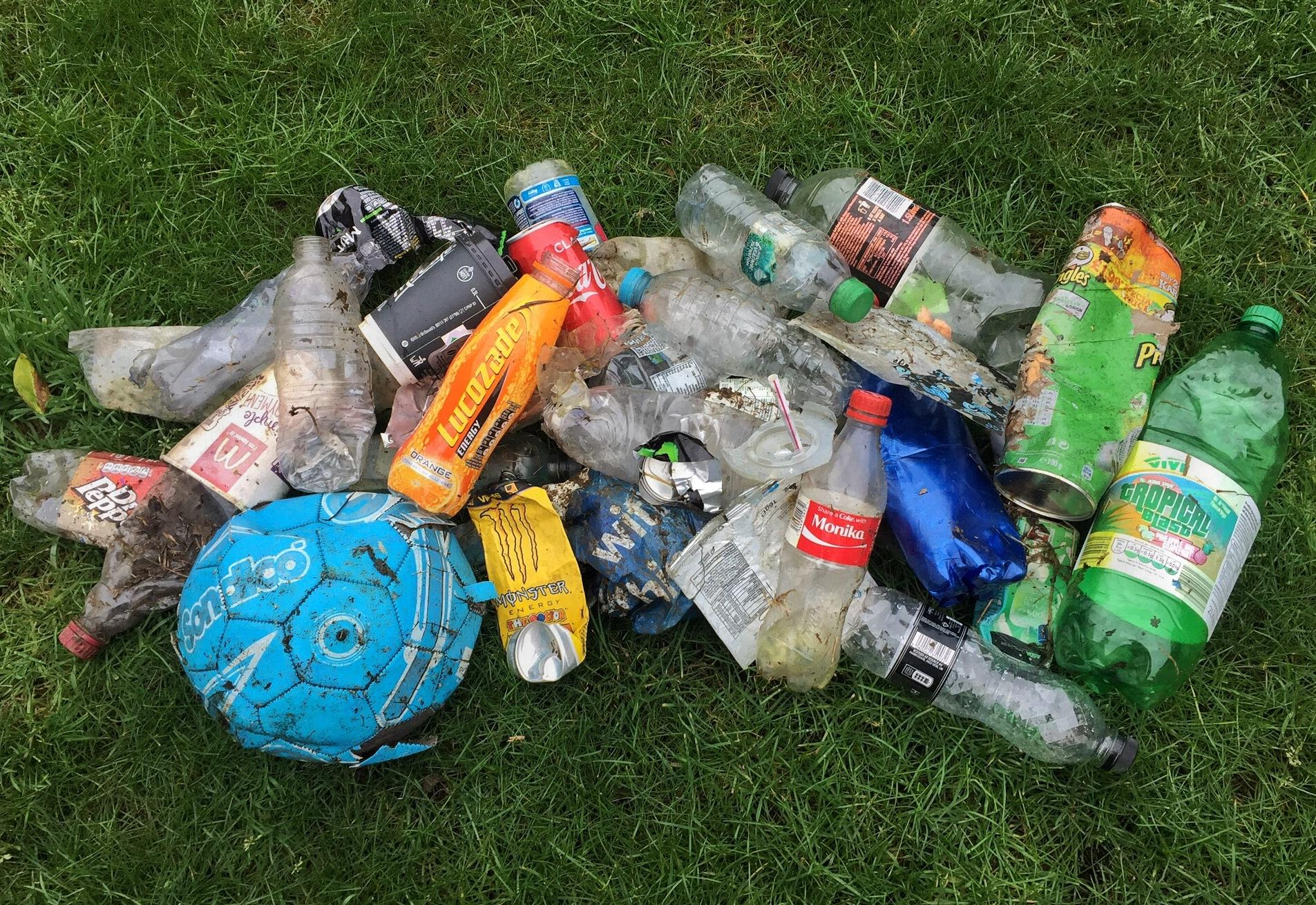 Outdoor Bloggers Plastic Rubbish